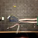 Die mitgelieferten Kabel für zwischen Ausgangsbuchse und Platine waren in meinem Fall zu kurz
